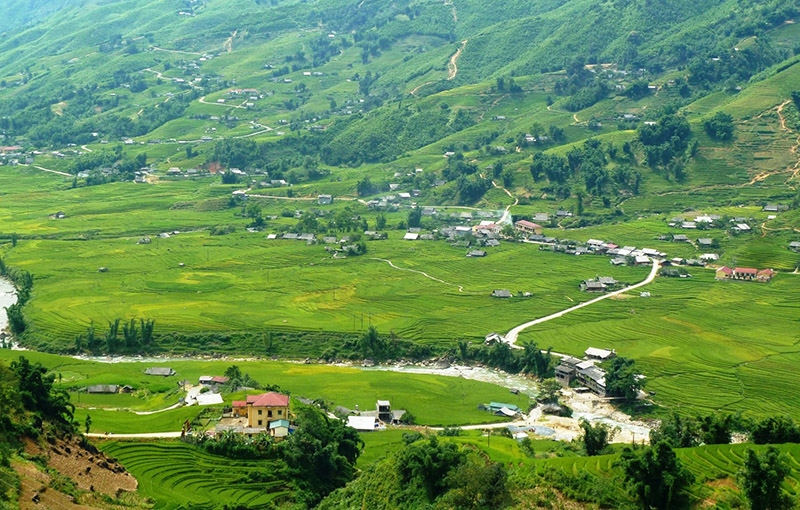 Sapa Trekking and Homestay Tour